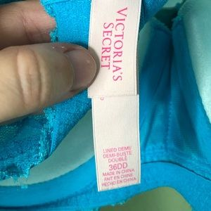 Victoria's Secret Intimates & Sleepwear - Victoria's Secret Lined Demi 36DD